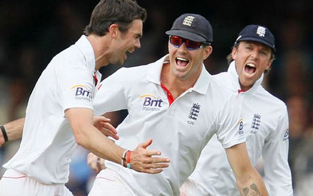 India vs England 2012: Hosts on the brink of another humiliating defeat