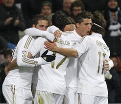 Ronaldo's hat trick leads Madrid past Levante 4-2