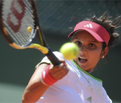 Sania-Vesnina move up into finals in Dubai