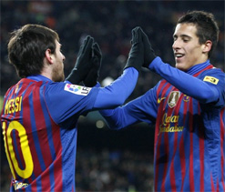 Barca pass test to remain 7 points from Madrid