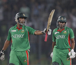 Bangladesh Ruled out both Sri Lanka & India to qualify Finals
