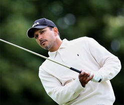Late bogeys cost Jeev dear, misses cut in Morocco