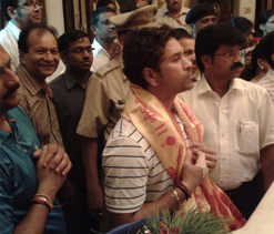 Sachin Tendulkar at Siddhivinayak Temple