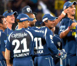 Deccan Chargers sign Emirates as Team Sponsor