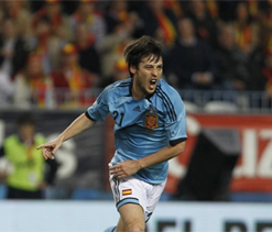 City's David Silva reveals he's been playing regularly with ankle injury for four years
