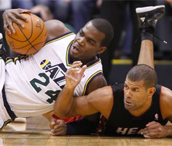 Harris, Jazz snap Heat`s 9-game win streak