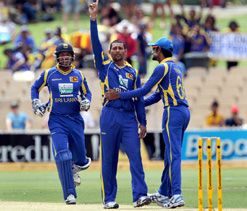 Sri Lanka eye title as Aussies struggle with injuries, bowling