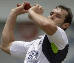 England fast bowler Tremlett believes it's tough for him to win his place back