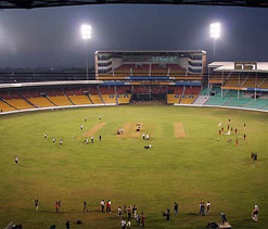 Free passes row: BBMP refuses to clear garbage from Chinnaswamy stadium