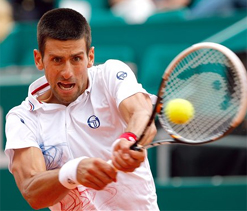 Djokovic makes Monte Carlo third round with mixed display