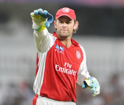 Don`t think there is any secret tactic to victory: Gilchrist
