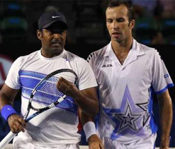 Paes-Stepanek suffer crushing defeat in Monaco