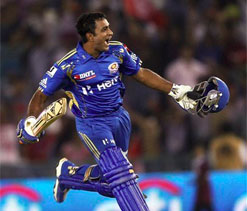 IPL 2012: Rohit, Rayudu guide MI to a thrilling win in Mohali
