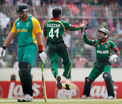 South Africa refuse Bangladesh`s offer for cricket series