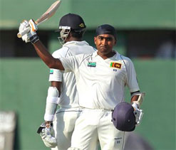 Jayawardene rescues Sri Lanka again