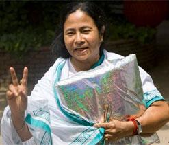Bengal CM visits Eden for KKR-DD IPL match