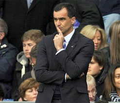 Wigan`s Martinez furious after Chelsea`s offside goal