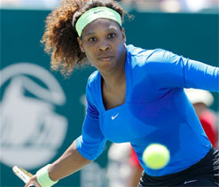 Serena routs Stosur, reaches Family Circle final