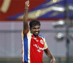 IPL 5: RCB look to continue winning ways against hapless KKR