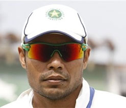 Kaneria applies for Visa to appear in spot-fixing hearing