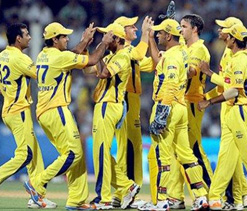 IPL 2012: CSK aim to keep alive playoff hopes