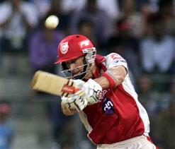 IPL 2012: Hussey, Gurukeerat keep Punjab alive after a thrilling chase