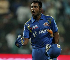 Ugly spat in IPL match between RCB and MI