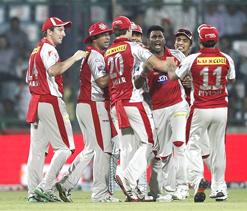 IPL 2012: Kings XI Punjab face Delhi Daredevils in must-win game