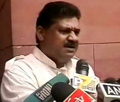Kirti Azad to fast against IPL