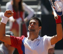 Djokovic, Nadal, Serena Williams advance in Rome