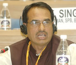 MP CM criticises IPL, but sends children to watch it: Singh
