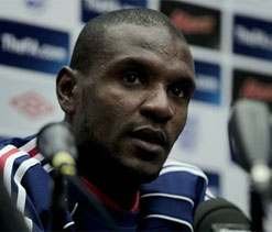 Barca defender Abidal released from hospital