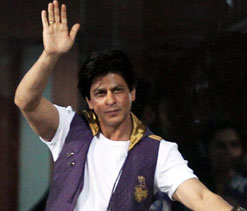 I apologise for my misbehaviour at MCA, says Shah Rukh
