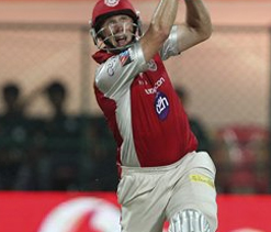 We played one of worst games in IPL: Hussey