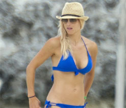 Tiger Woods ex-wife Elin Nordegren flaunts bikini body in Bahamas	