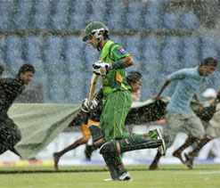 Third ODI between Sri Lanka and Pakistan suspended due to incessant rain