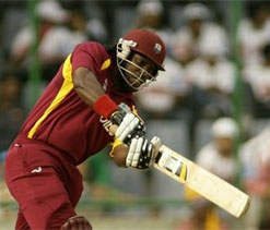 Chris Gayle scores 34 on his comeback against Middlesex