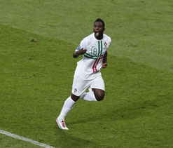 Euro Cup 2012: Varela to the rescue as Portugal beat Denmark 3-2