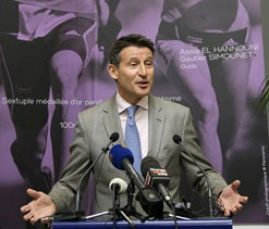 London Olympics chief denies role in Games tickets scam