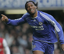 Drogba signs with Shanghai Shenhua