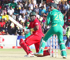 Zimbabwe stun South Africa, clinch T20 Triangular Series