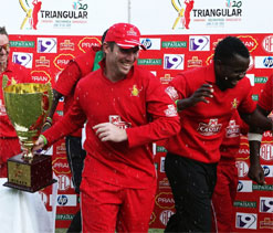 Cricket uniting blacks, whites in Zimbabwe