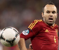 Spanish stars hail teammate Iniesta as 'magician, extraordinary and chief creator'