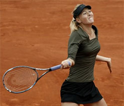 French Open: Sharapova moves into last eight