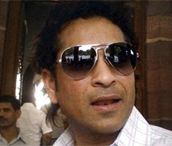 Will let everyone know when I`ll stop playing cricket: Sachin
