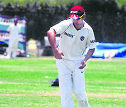 Back from break, Gambhir turns up for his office team ONGC