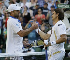 Wimbledon 2012, Day 6: Roddick out, Tsonga and Ferrer advance