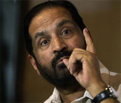 Suresh Kalmadi granted permission to attend London Olympics