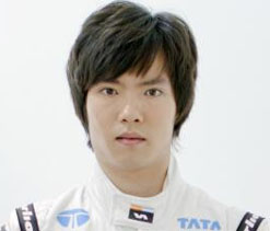 Ma Qing Hua becomes first Chinese to drive F1 car