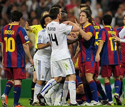 Barcelona & Real Madrid renew rivalries after Euro 2012 truce